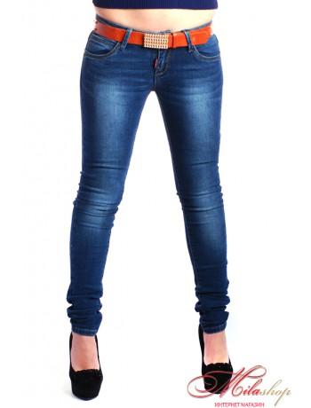 Молодежные джинсы с низкой посадкой
